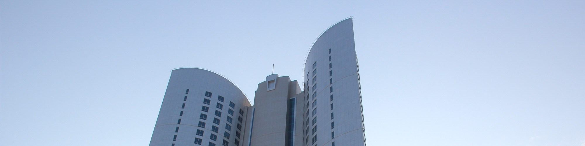 diplomatic-commercial-office-tower-bahrain-banner-1.jpg